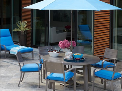 Ocean Port Patio Setting