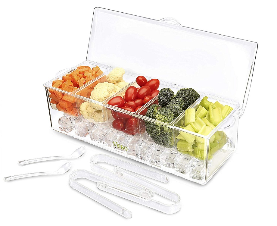 Crudites container with picks.