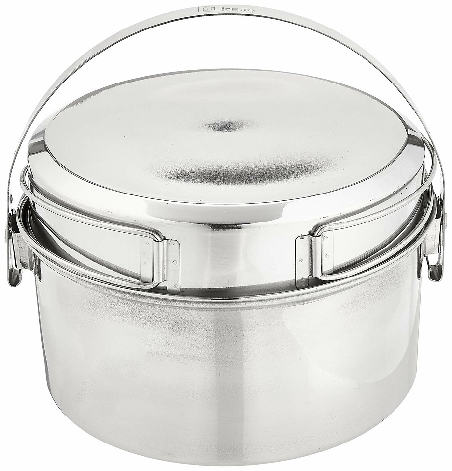 Stainless steel pot for transporting soups and sauces.
