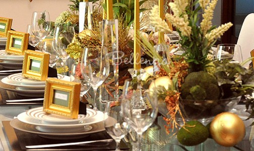 Gold and green Christmas table decor