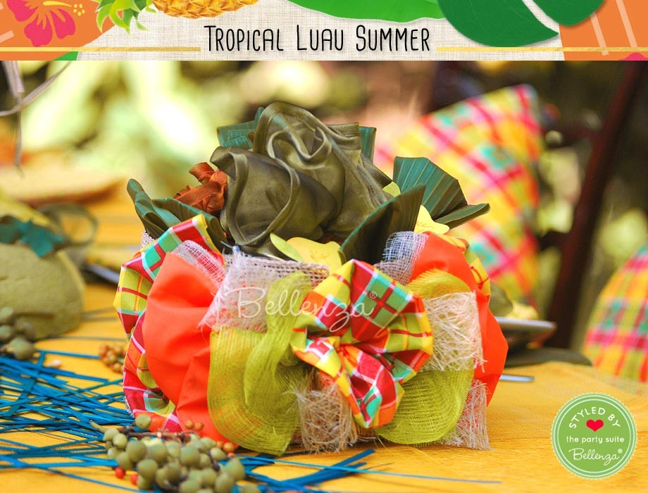 For an even brighter, more festive ambiance, go for a vibrant Caribbean themed centerpiece basket