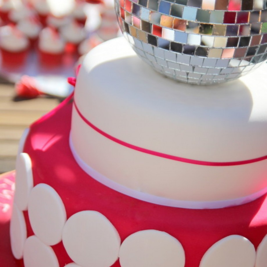 Disco Ball Cake via via Emma Townsend Cakes