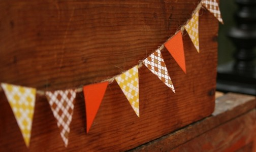 Fall Thanksgiving bunting in brown and orange