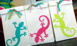 Gecko Loot Bags by Pen N' Paper Flowers
