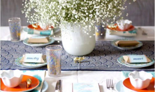 Teal and orange tablescape. Photo by Manvi Drona-Hidalgo.