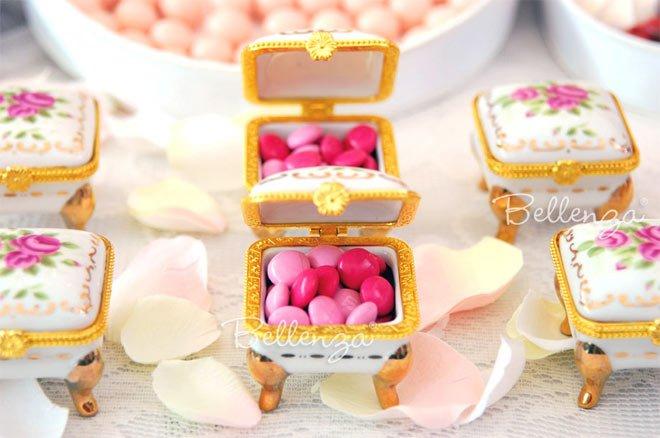 pinkcandiesinbox