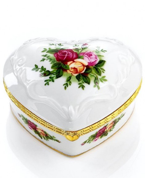 Porcelain Musical Box with a Country Rose Motif