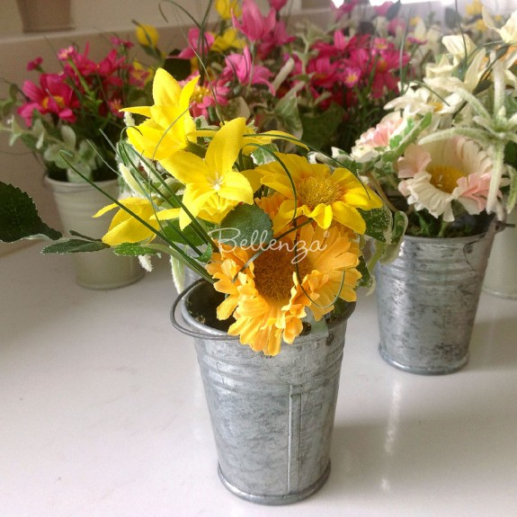 "Mini Artificial Flowers in a Bucket Favors ""Bea"""