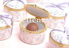 Lilac ribboned boxes