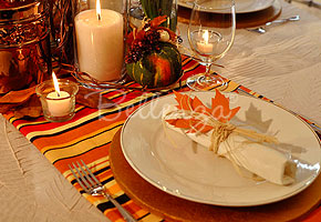 How to Make Escort Cards for a Thanksgiving Party