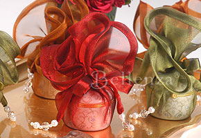 Use Vibrant Colors for Centerpieces and Favors