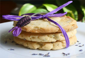 Edible favors using lavender