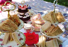 English-style wedding picnic food