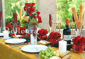 A romantic tuscan wedding tablescape inspired by wine unique tuscan table setting junglespirit Images