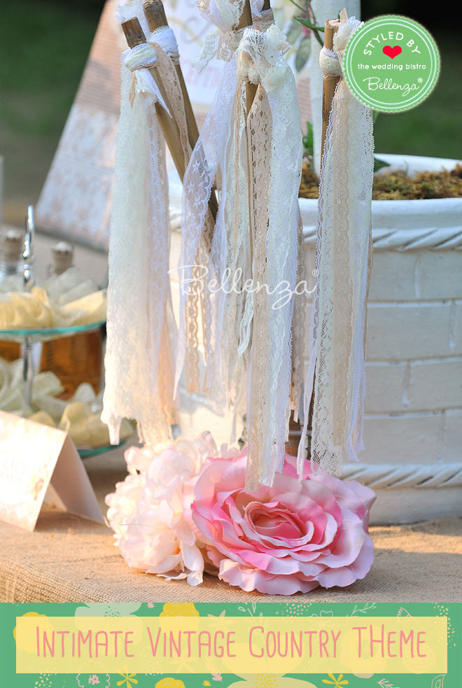 Lace favor wands for a romantic vintage coutnry wedding