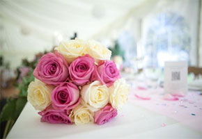 So Chic and Fun! A Retro Pink Wedding from Ireland!