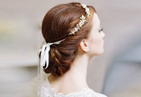 Wedding Headpieces: Simple and Elegant Finds for the Stylish Bride!