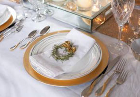 Gold Sparks Creative Ideas for Glam Wedding Decorations!