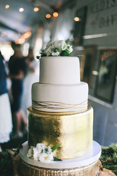 Metallic Wedding Cake | photographed by Tessa Barton