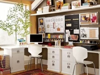 A home office with modern eclectic elements via Houzz.