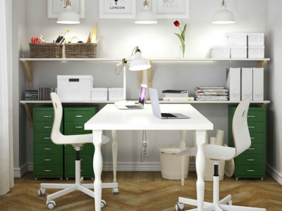 Dual workspace for a small home office via Ikea.