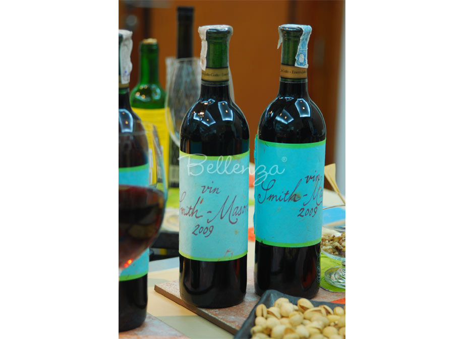 Homemade Christmas Wine Bottle Labels with Natural Ink