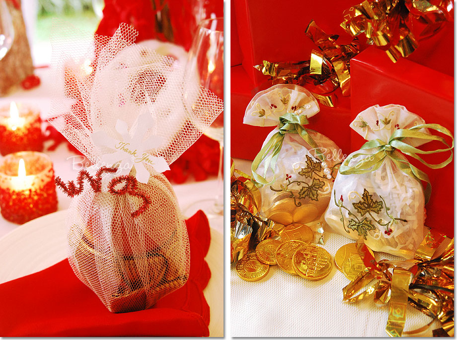 Fresh, fruit and embroidered favor bags with chocolates
