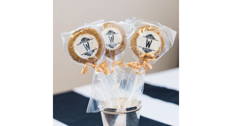 Oreo cookie pops 1920s favors