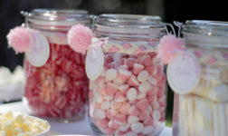 Candy in jars. Photo by Nice Party.
