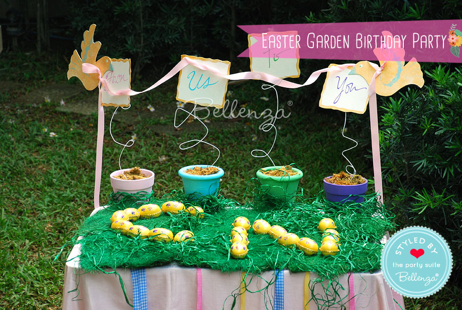As prizes for the activities, you can choose to set up a gift table of keepsake egg boxes