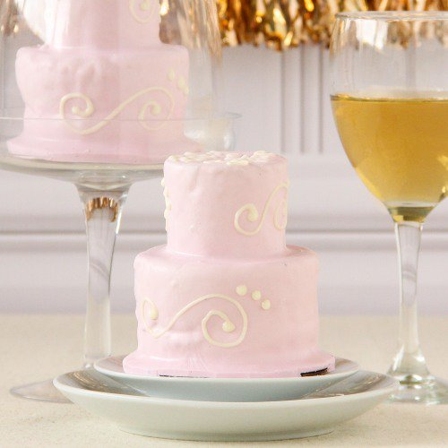 Mini pink wedding cake from Beau-coup