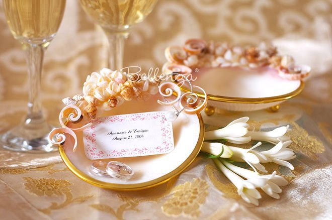 Seashell trinket dish for jewelry