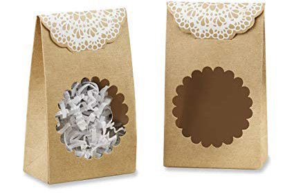 lace and kraft paper favor bags