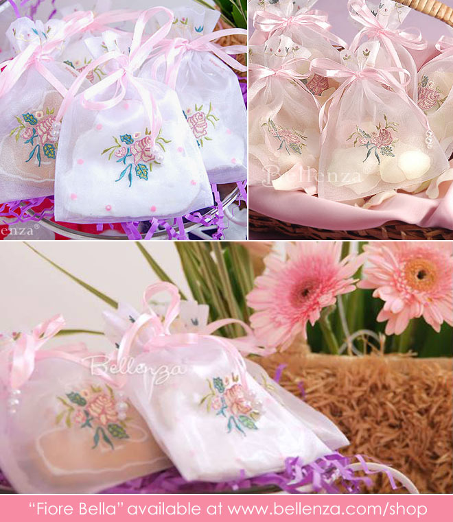 Rose themed favor bags made of organza
