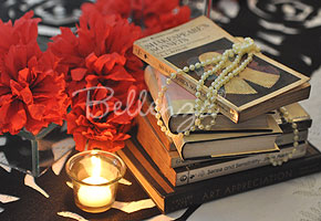 Book centerpieces for a wedding