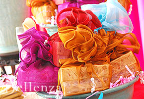 Colorful wedding palettes from Bellenza