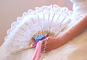 Ways to use lace