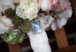 Bouquet pendant from Brides.com via Kelly Brown Weddings