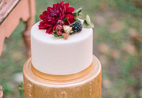 Cake photo via Brides. Photo by Ashley Bosnick Photography.
