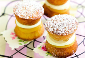 Victoria Sponge Cake from Delicious.com