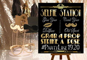 Selfie station sign by Ink Me Beautiful from etsy