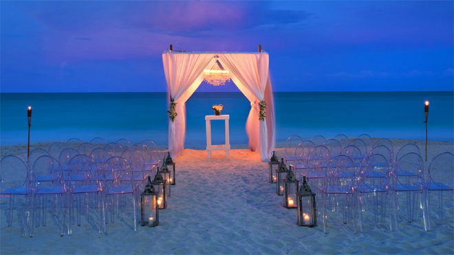 Westin Resort and Spa Evening Beach Wedding Ceremony