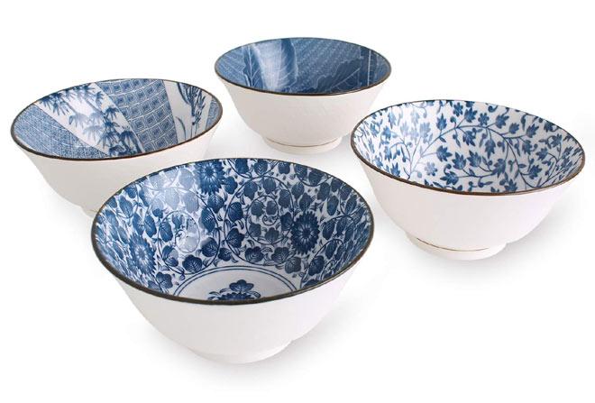 Japanese pattern blue soup bowls
