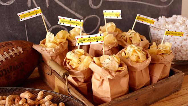 Chips in sacks with printables   photo via Hallmark