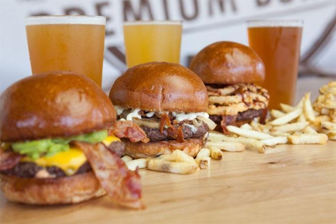 Rounds Premium Burgers Catering Options